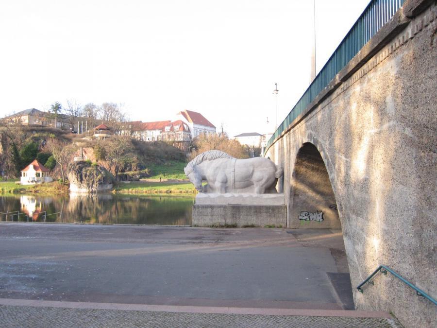 Giebichensteinbrücke Sichtachse Bergschänke | Klimaanpassung online ...